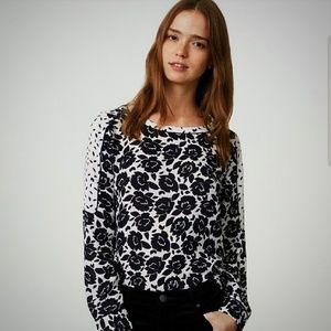 Loft Size XS Black & White Gardenia Print Blouse